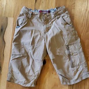 Lee Dungarees long khaki short w/ zippered pockets